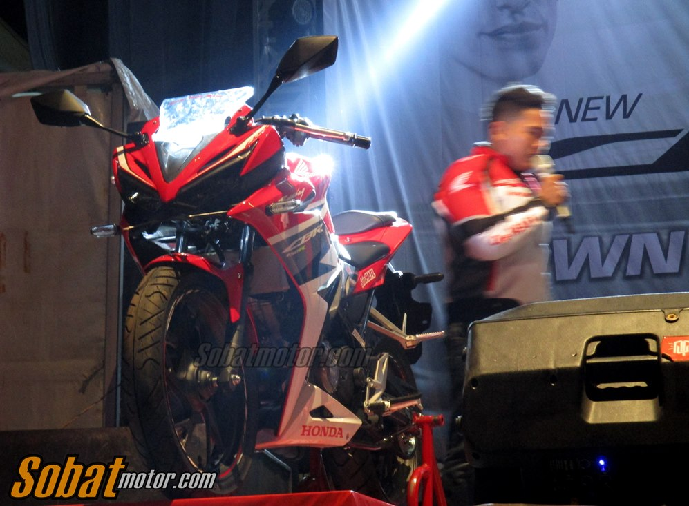 Honda resmi merilis All New CBR 150R Facelift 2016 dikota Medan . . harga mulai 35 Jutaan !