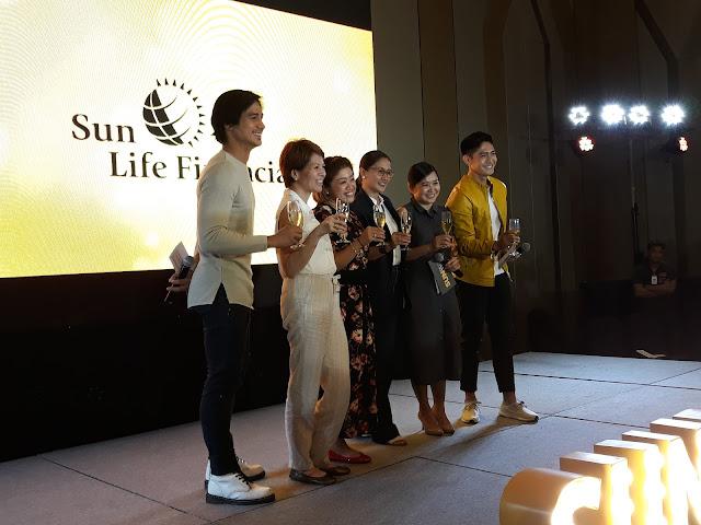 L-R: Piolo Pascual, Mylene Lopa, Ironman Philippines' Princess Galura, Metro Ad Sports, queen of running Cathy Sarmiento, Lennie Arboleda and Robi Domingo.