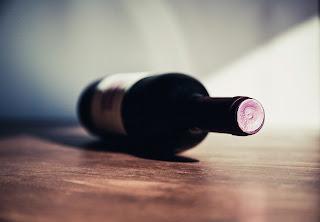 butelka-wina-czerwonego