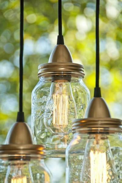 7. Lampu bohlam dari toples mason