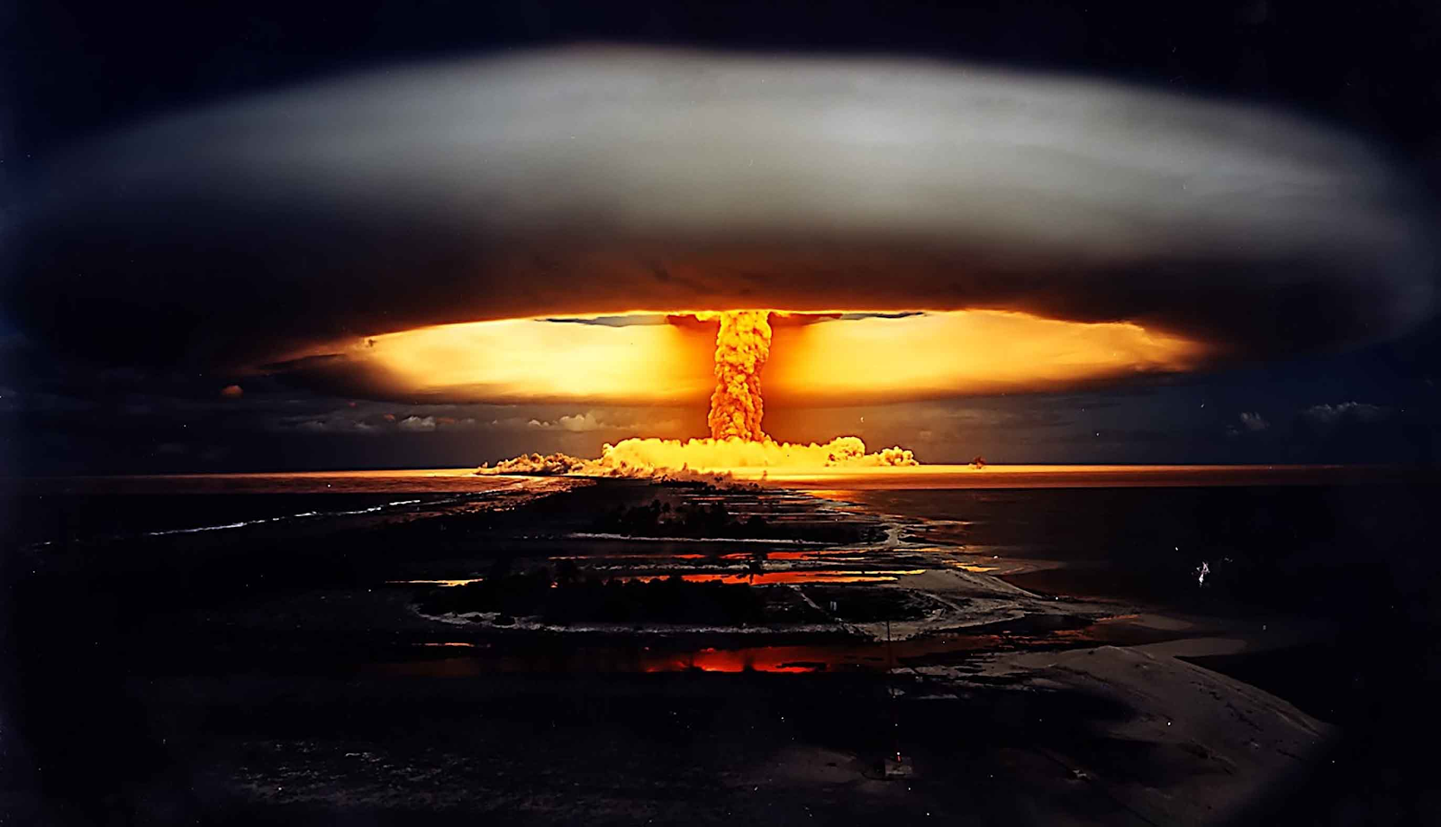 Tsar Bomba - The biggest thermonuclear explosion of the History