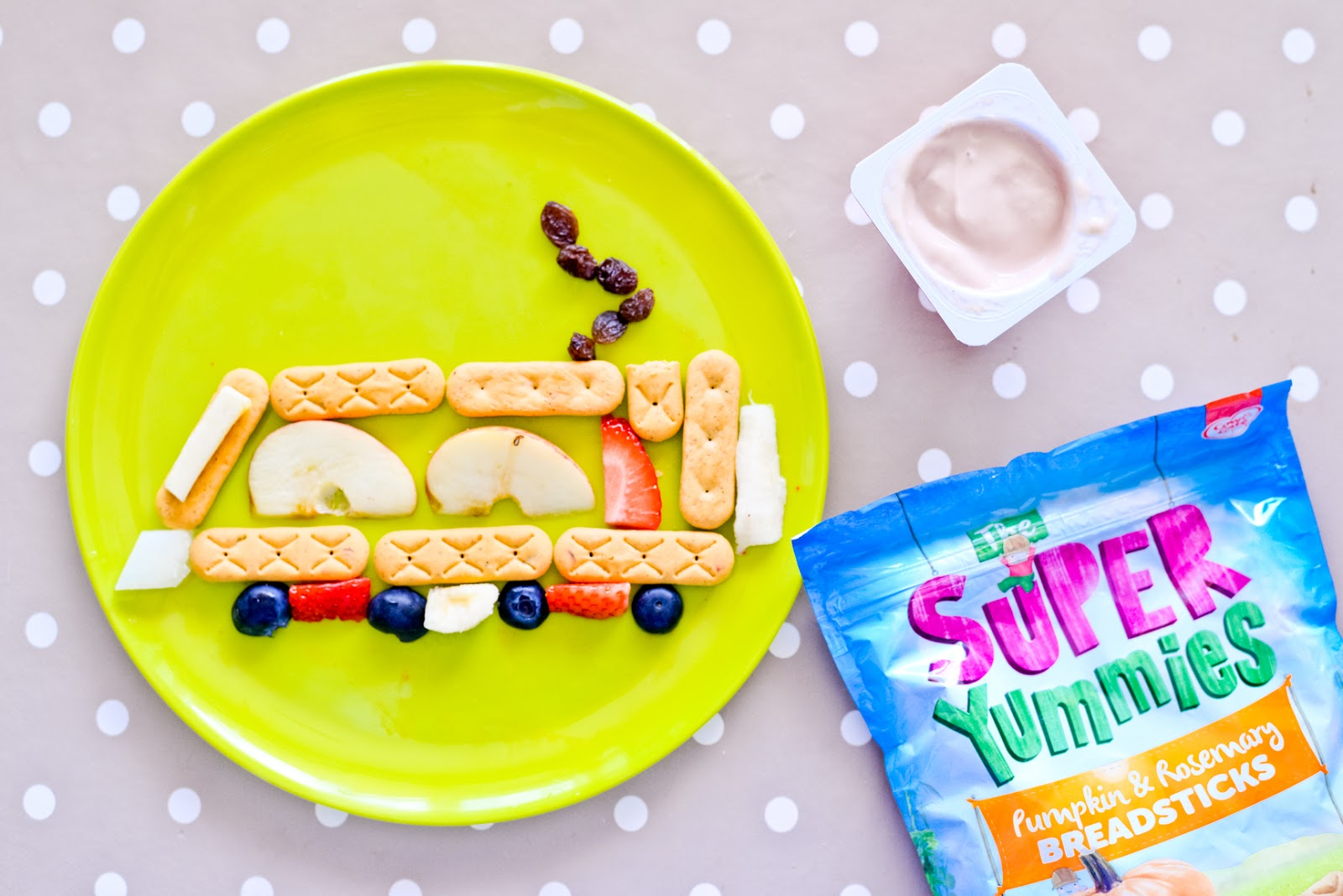 fun snack ideas for kids, toddler snack ideas, toddler snacks, healthy snacks for kids, train snack idea