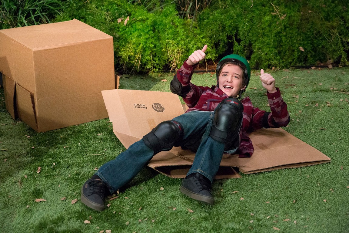 Fuller House - Season 1 Episode 06: The Legend of El Explosivo