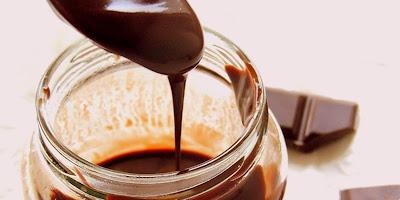Domaći čokoladni sirup