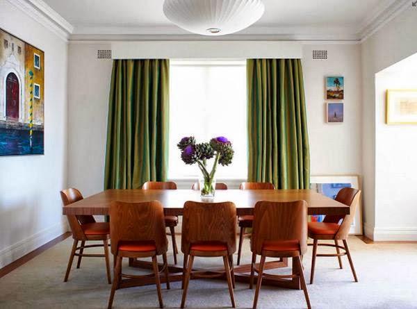 Desain Ruang Makan Rumah Kayu