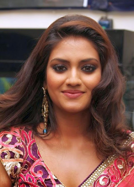 Nusrat Jahan Most Popular Indian Bengali Film Actress and beautiful Photo Gallery Wallpapers Fee Download