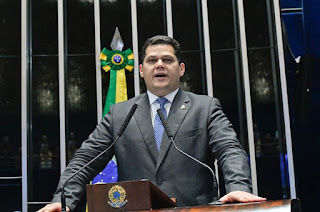 http://vnoticia.com.br/noticia/3443-apos-eleicao-tumultuada-davi-alcolumbre-e-eleito-presidente-do-senado