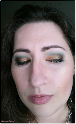 green and gold makeup