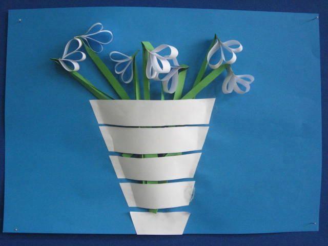Ide membuat kerajinan kertas berbentuk bunga untuk anak-anak 7