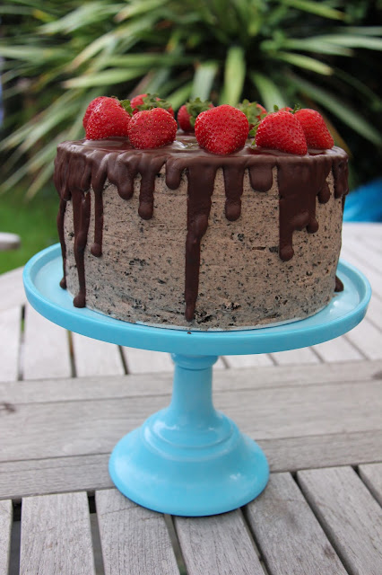 A delicious chocolately cake with an oreo buttercream.