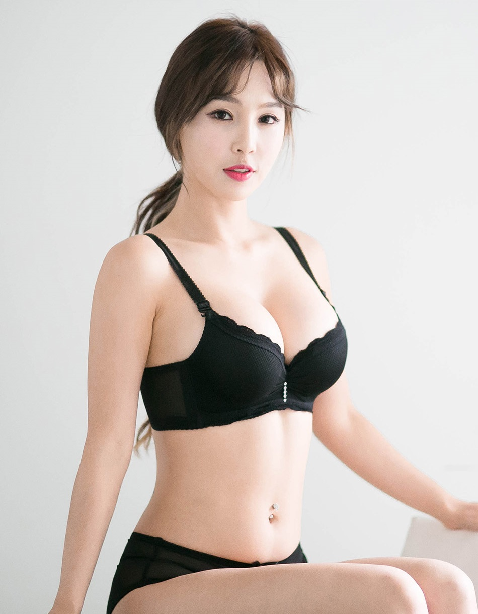 Chinese lingerie pics
