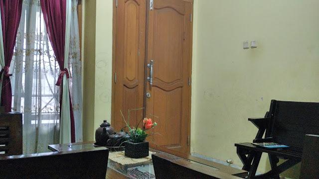 Rumah tanpa ventilaai maksimal tetap nyaman dengan pasang AC