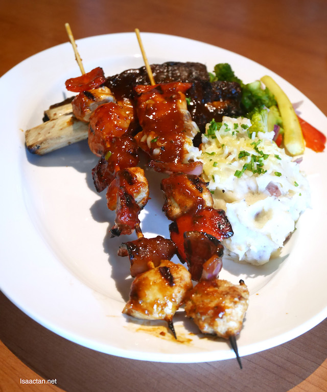 Smokey Beef Ribs & Chicken Skewer Combo - RM59.90