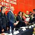 Pese a recortes presupuestales entregan estímulos a policías de Neza