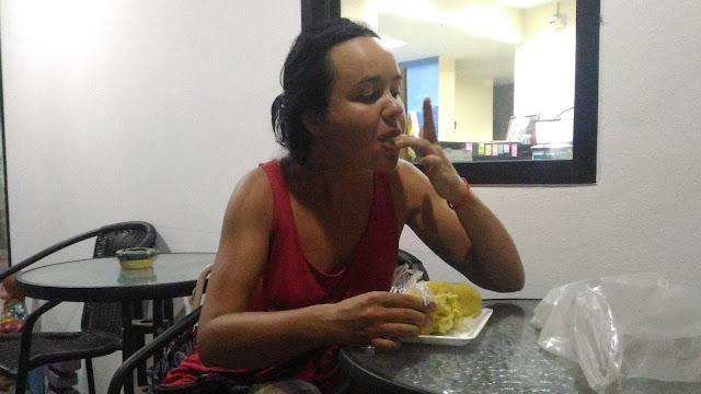 Поедание дурианов