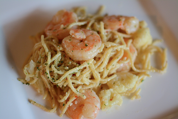 Spicy Garlic Pasta & Shrimp with Roasted Cauliflower | My Darling Days