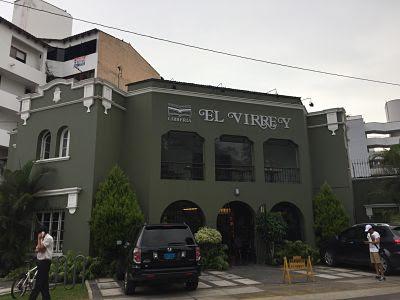 LIbrería el Virrey. Plaza Bolognesi. Lima. Peru