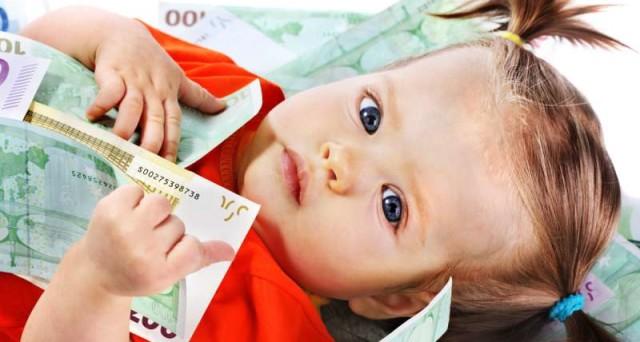 Buongiornolink - Il «Bonus figli» in arrivo per Natale 150 euro l'uno, fino a 25 anni di età