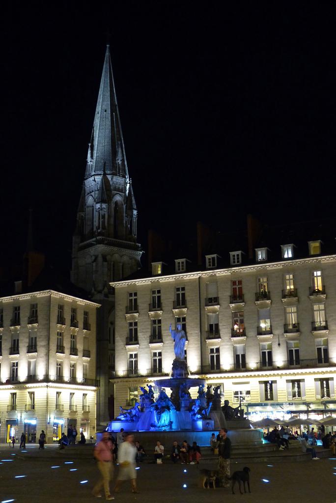 Ephémères : Nantes la nuit