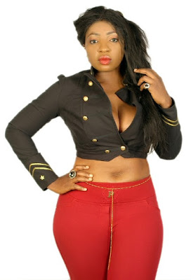 Actress Anita Joseph pour out her breastes in her sexy new photos (See it)