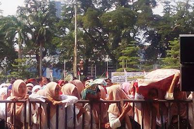 [ WOW ] Sangat Mengejutkan..!! Prabowo Larang Ibu - Ibu Menjadi TKI Lagi,Inilah Alasan nya..!!