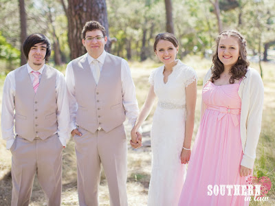 Vintage Rustic Wedding - Wedding Photos Centennial Park Sydney - Bridal Party