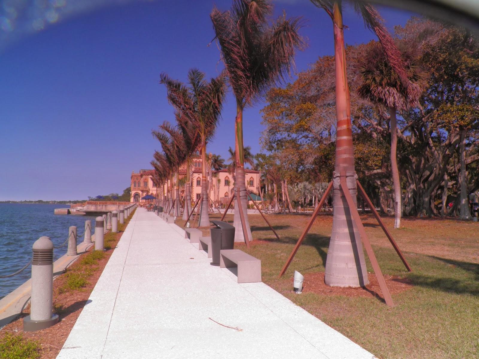 Viagem aos Estados Unidos; SEM GUIA; América do Norte; turismo; lazer; viagem; USA; Sarasota; Flórida; Garden;