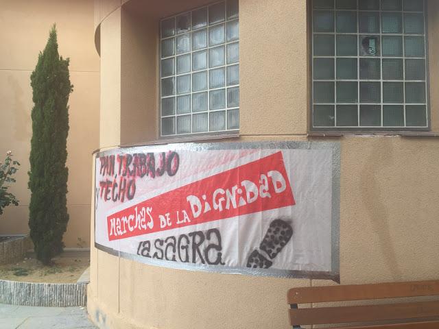 pancarta marchas por la dignidad