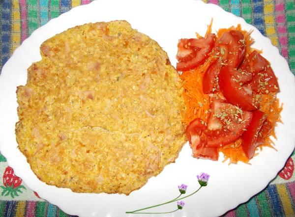 Omelete light de aveia com farinha de linhaça e presunto