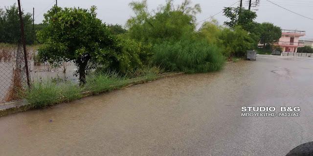 Επί ποδός οι υπηρεσίες στο Άργος για τα προβλήματα από την έντονη βροχόπτωση