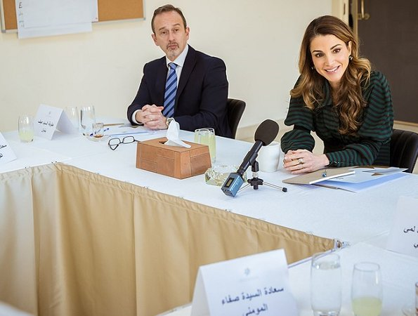 Queen Rania wore Valentino Print Line dress, wore Fendi suede pumps gold diamond earrings