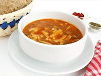 hem doyurucu hem lezzetli bir çorba yeşil mercimek çorbası