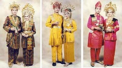 Provinsi Riau - Pakaian Adat Tradisional Melayu