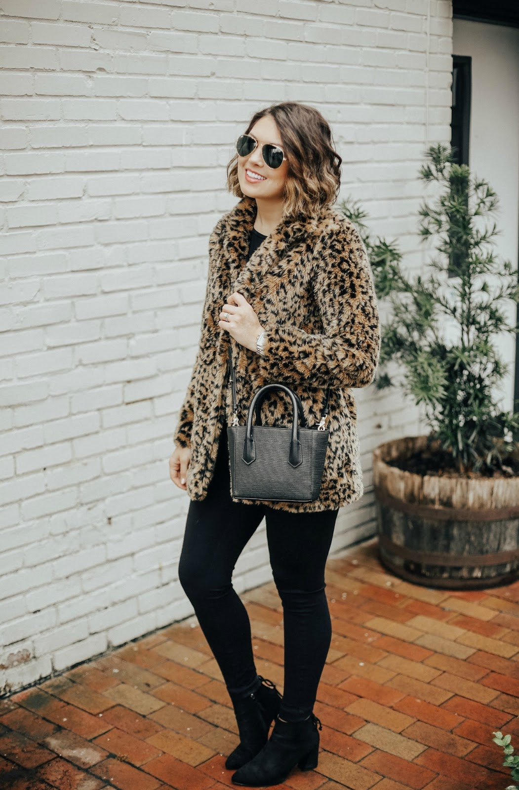budget leopard coat, xo samantha brooke, life and messy hair, samantha brooke, j crew ponte pant