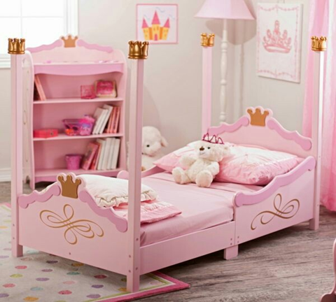 Our princess is always dreaming the fairy tale to be a reality. And decorating their bedroom like a princess is also one of their dreams, but not only for decoration, also creates space where kids can play and create fun moments. For sure one of these 50 Fairy Tale Bedroom Design for Your Little Princess is your little princess' dream room. Explore and be inspired to decorate your little one room.