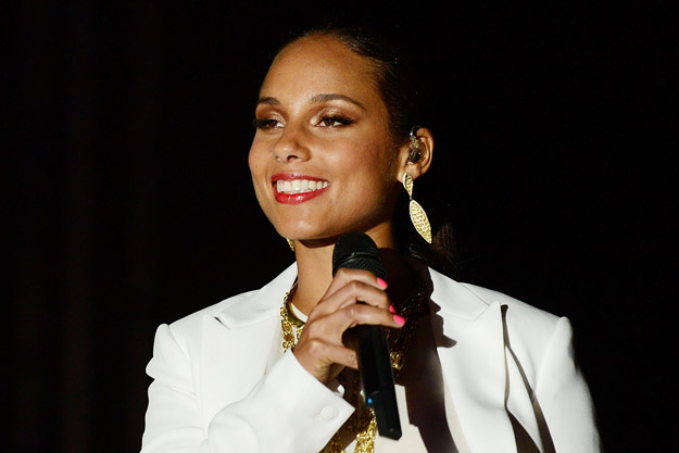 Alicia Keys - Girl On Fire : Free Download, Borrow, and