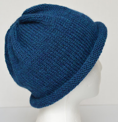 blue rolled brim hat https://www.etsy.com/shop/JeannieGrayKnits