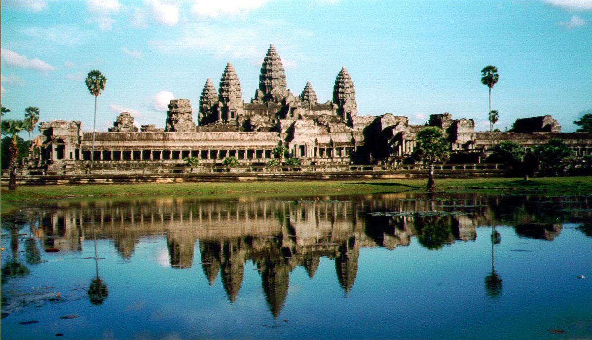 plan your Vietnam Cambodia Laos holiday