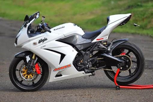 Foto Modifikasi Kawasaki Ninja 250R