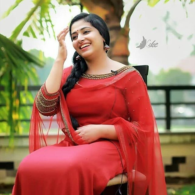 Actress Anu Sithara Hot Photos Collection