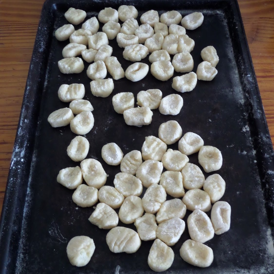 How to Make Potato Gnocchi:  A simple tutorial and recipe for how to make potato gnocchi (potato dumplings).