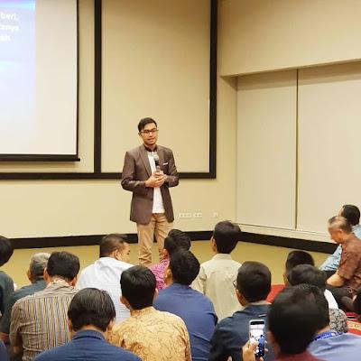 Motivator Perusahaan Indonesia Terbaik Edvan M Kautsar Memberikan Seminar Motivasi untuk 1.000 Karyawan Indofood di Jakarta