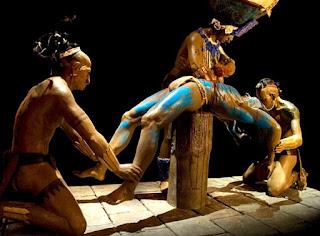 Sacrificio humano maya