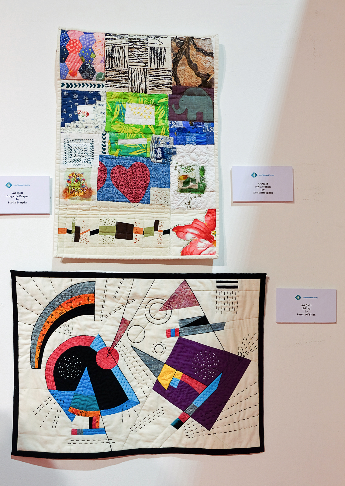MID-WESTERN BRANCH OF THE IRISH PATCHWORK SOCIETY: Knitting & Stitching Show