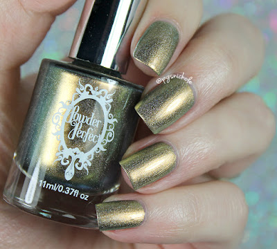 Powder Perfect Lancelot | The Camelot Collection