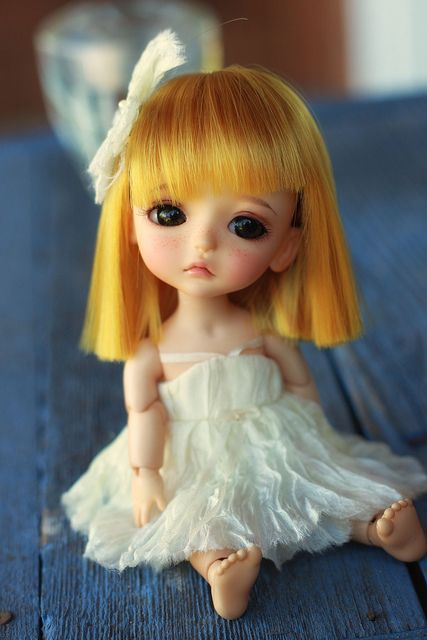 Lonely Little Girl Wallpapers Zsdesignx 25 Most Lovely Amp Adorable Dolls You Ll Surely