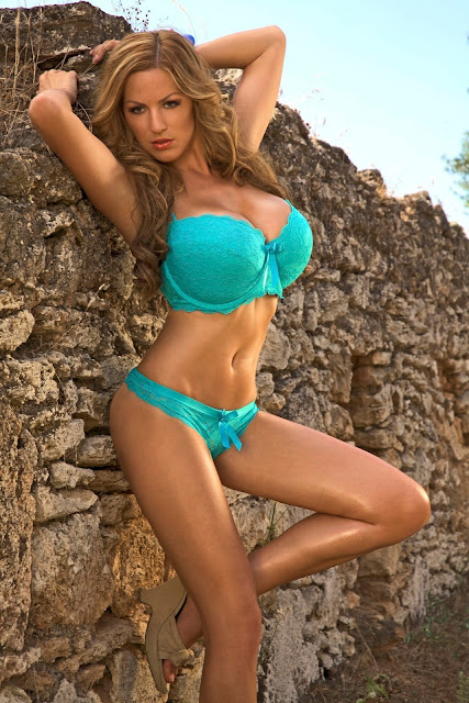 Jordan-Carver-Muro-Photoshoot-Hot-&-Sexy-HD-Image-17