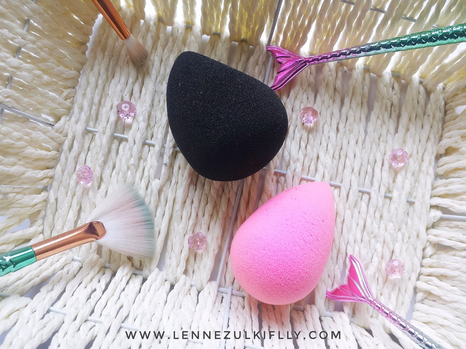 Breena Beauty Blending Pearl vs The Original Beauty Blender | LENNE ZULKIFLLY