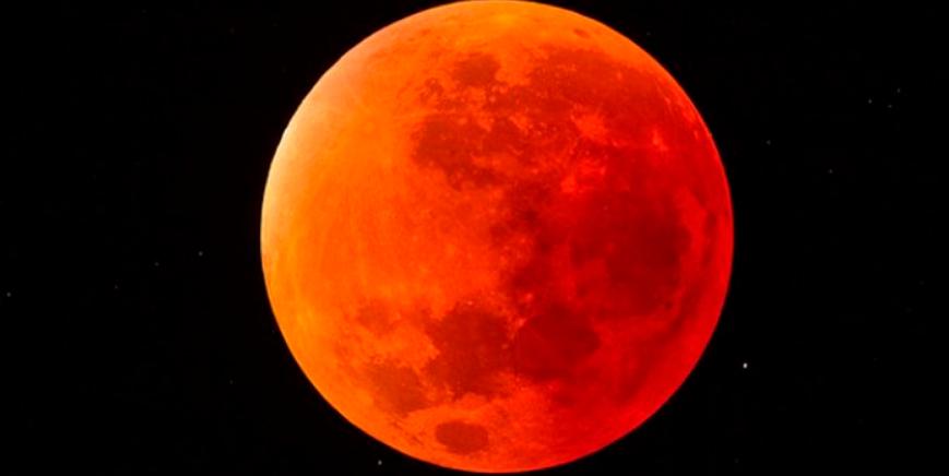 Eclisse totale di Luna: Superluna di sangue del Lupo del 21 gennaio 2019.
