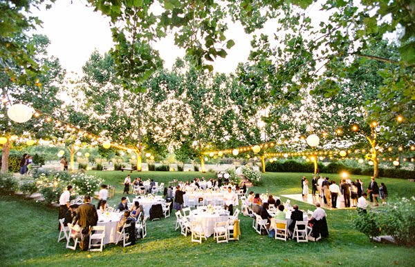 Cast the Perfect Glow - Wedding Lighting
